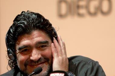 d172eba3c Diego Maradona jugará el Mundial de Brasil 2014 junto a Víctor Hugo Morales,  para la cadena Telesur