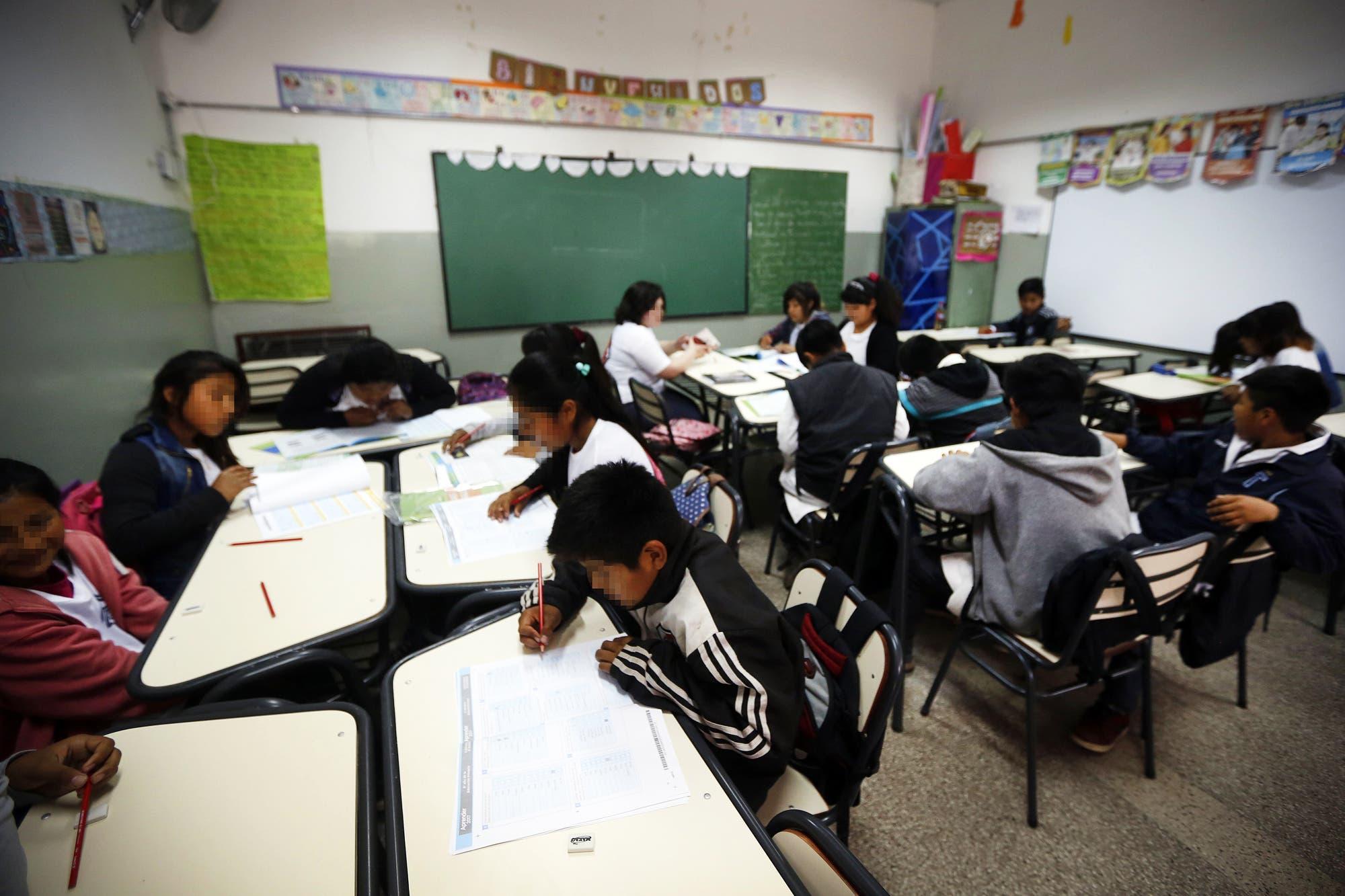 Prueba Aprender: evalúan a 725.000 alumnos de 6° grado en lengua y matemática