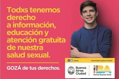 Dos de los afiches de la nueva campaña