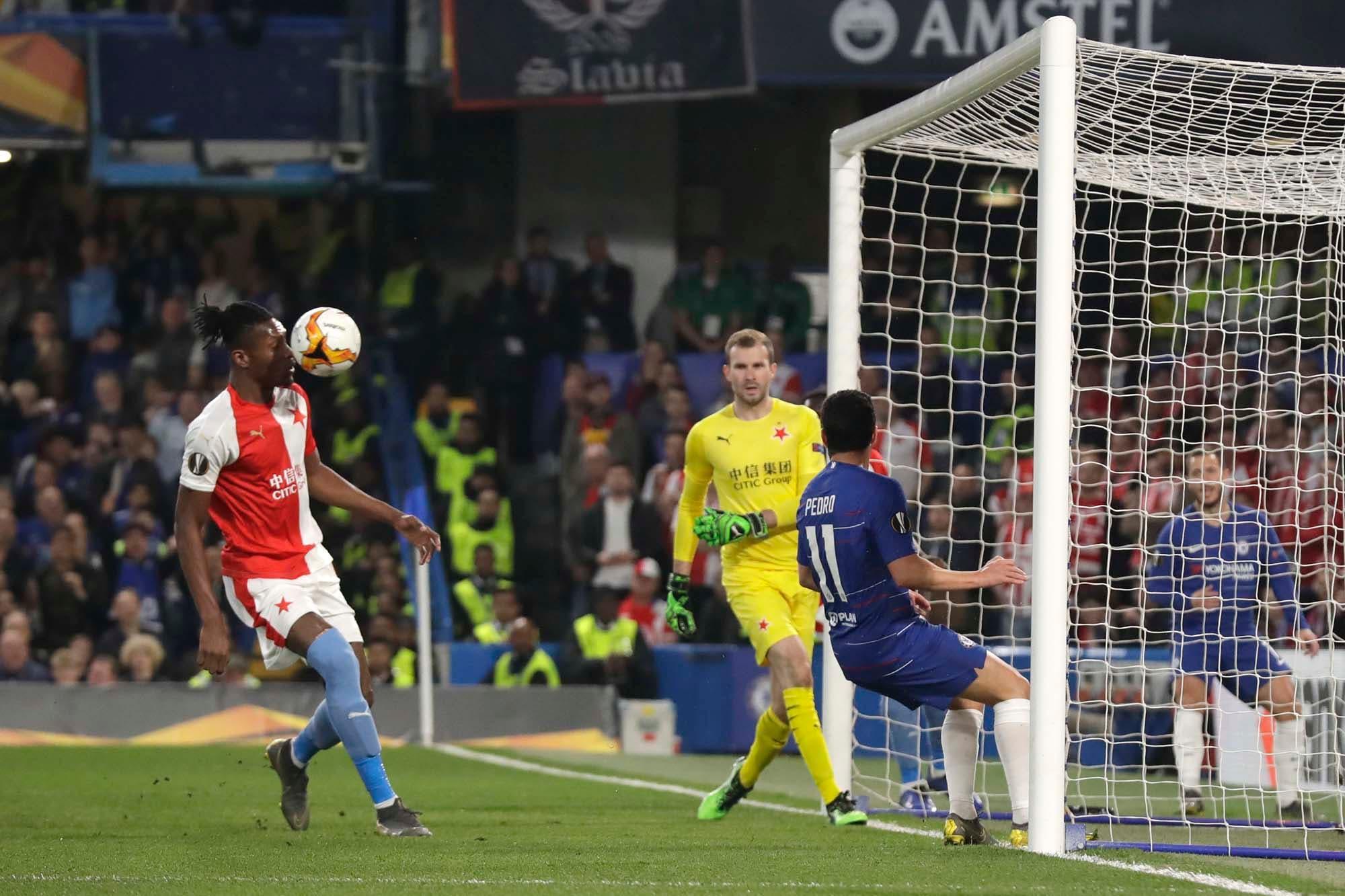 Europa League: polémica, suspenso y un blooper en el cierre de los cuartos de final