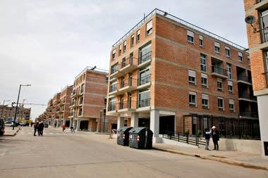 La urbanización de la villa Rodrigo Bueno genera un nuevo barrio en las tierras más caras de la ciudad
