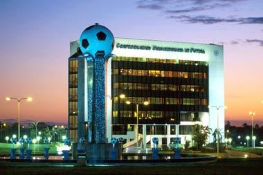La sede de la Conmebol en Luque, en las afueras de Asunción del Paraguay.