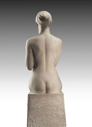 Imagen de La Pastora, escultura que forma parte del Monumento a José Martínez de Hoz