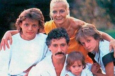 Antes de tener éxito en la música, Luis Miguel vivió en una casa junto a sus padres y hermanos