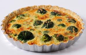 Tarta de brócoli con queso azul, queso sardo y queso de cabra