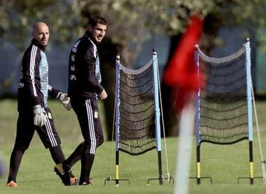 De alguna manera, Guzmán ayer se reincorporó al plantel y compartió la práctica con Caballero