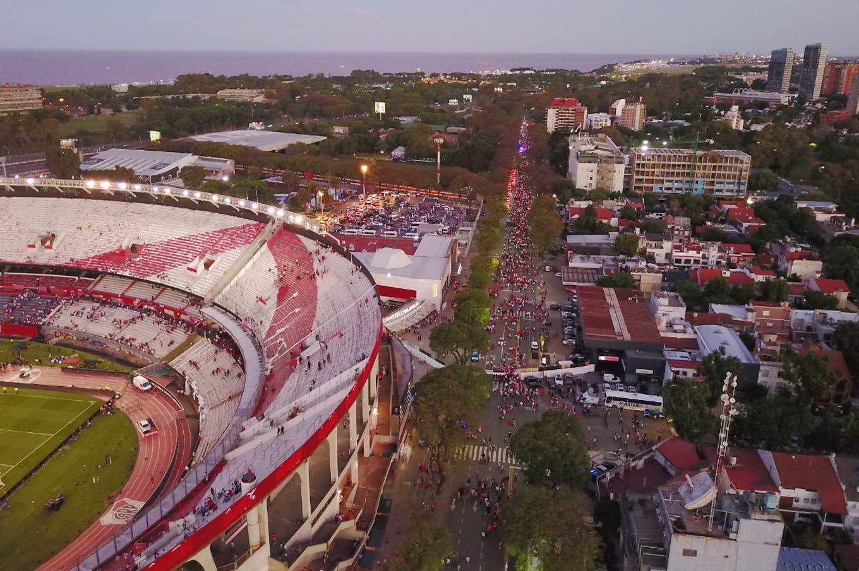 Copa Libertadores: incidentes en el estadio de River tras la suspensión del partido