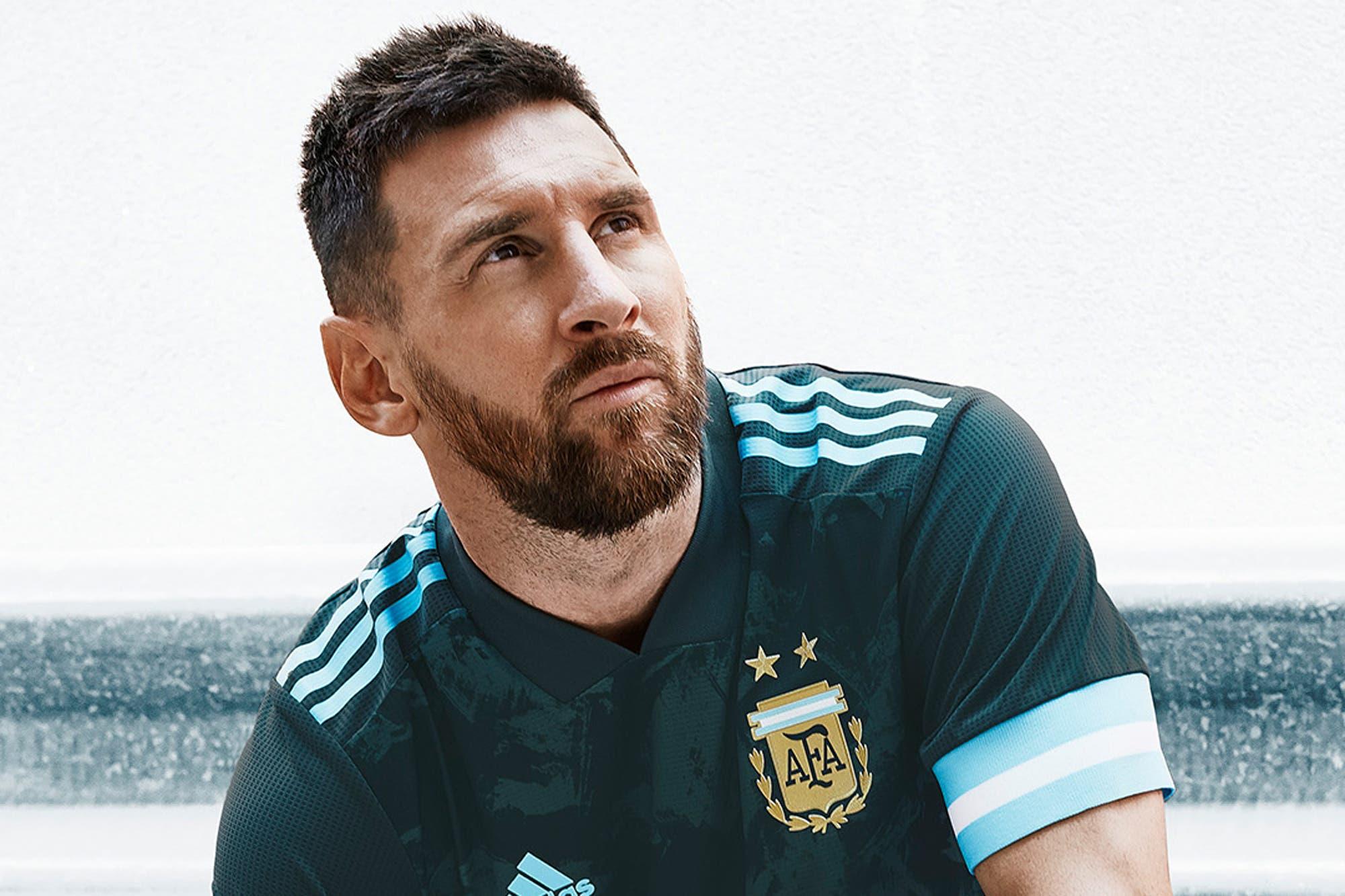 Cómo es la nueva camiseta alternativa de la selección argentina