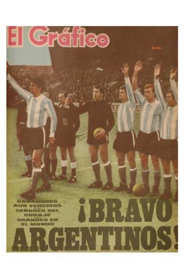Una tapa de El Gráfico tras el Mundial Inglaterra 1966, con Solari como uno de los destacados.