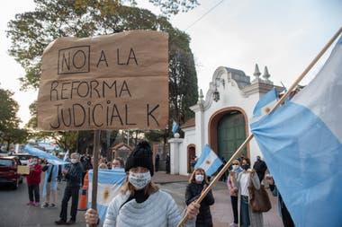 Las primeras protestas contra la reforma judicial