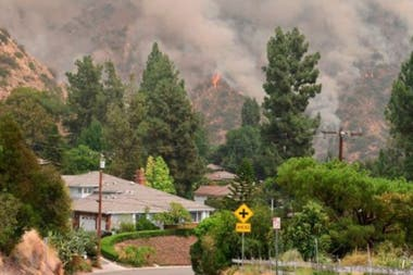 Los incendios han afectado varias poblaciones en diversos estados del oeste de EE.UU.