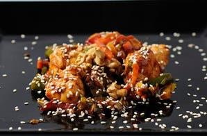 Pollo al wok con verduras