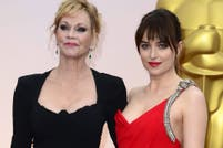 Melanie Griffith adora a Chris Martin, el nuevo novio de Dakota Johnson