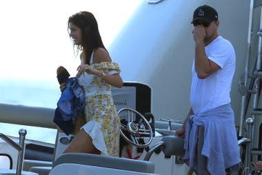 Leo y Camila, en el yate