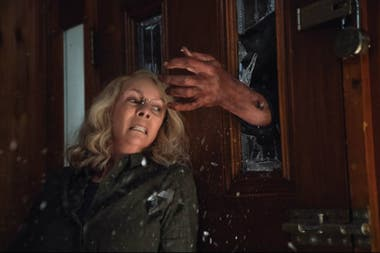 Jamie Lee Curtis vuelve a enfrentar a Michael Myers en Halloween, de David Gordon Green