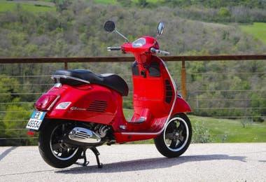 Nuevos modelos llegarán al mercado: Vespa SXL 150, Vespa Elegante 150, Vespa Elettrica y Moto Guzzi V85