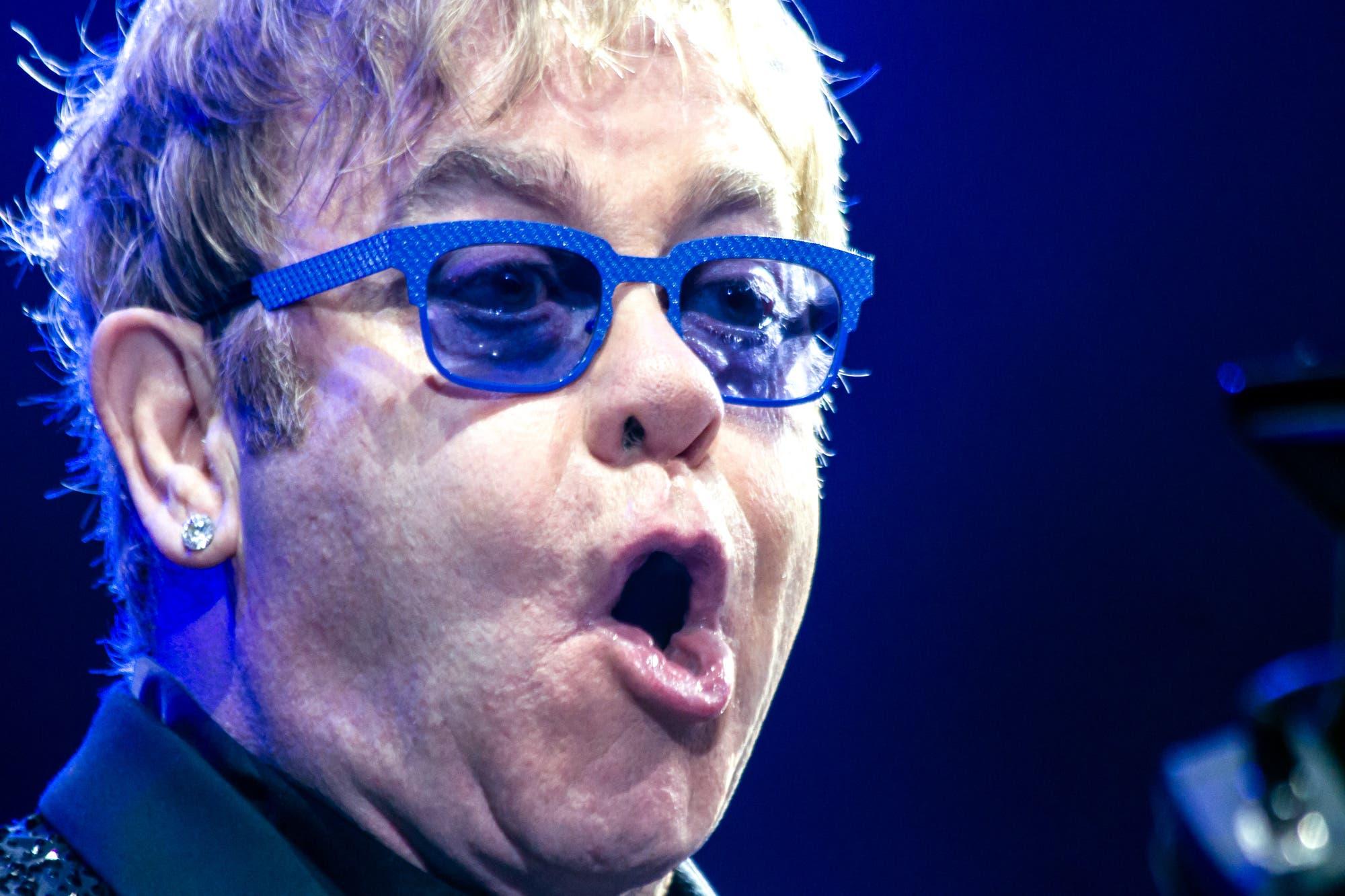 Elton John, muy duro con Michael Jackson en sus memorias