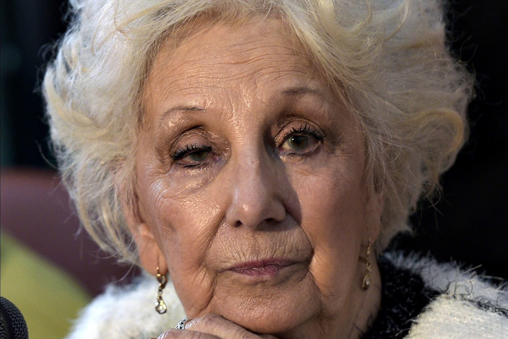Estela de Carlotto negó que los Kirchner hayan incrementado su patrimonio por la corrupción