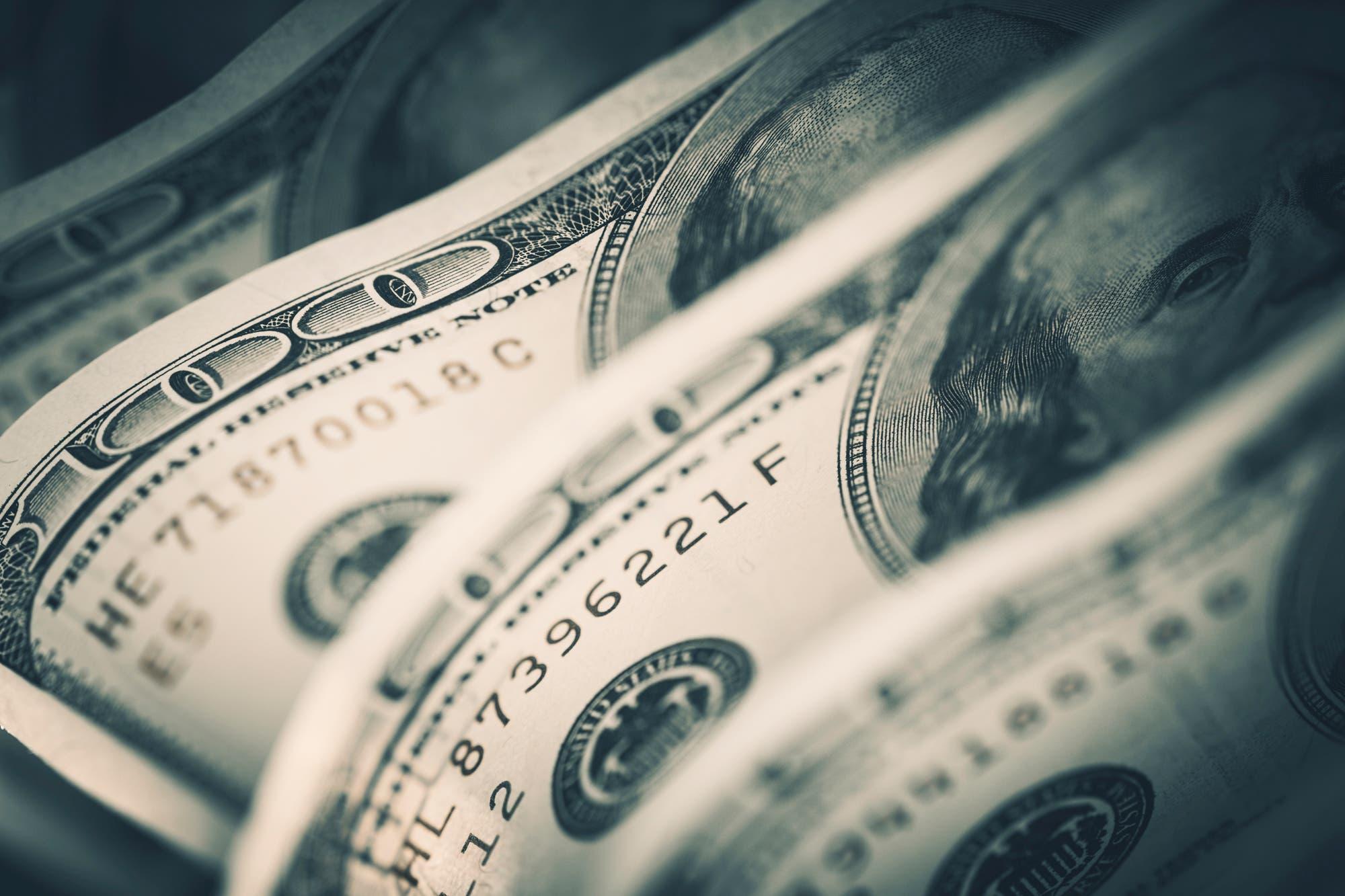 """Arrancó la """"temporada de oferta"""" del dólar libre, con bajas de hasta 4% en sus precios"""