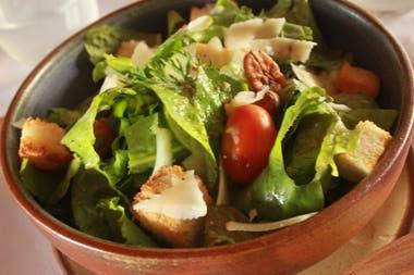 La huerta biodinámica provee de materia prima al restaurante