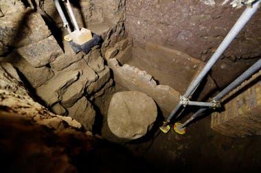 Vista del sepulcro que perteneció a Rómulo