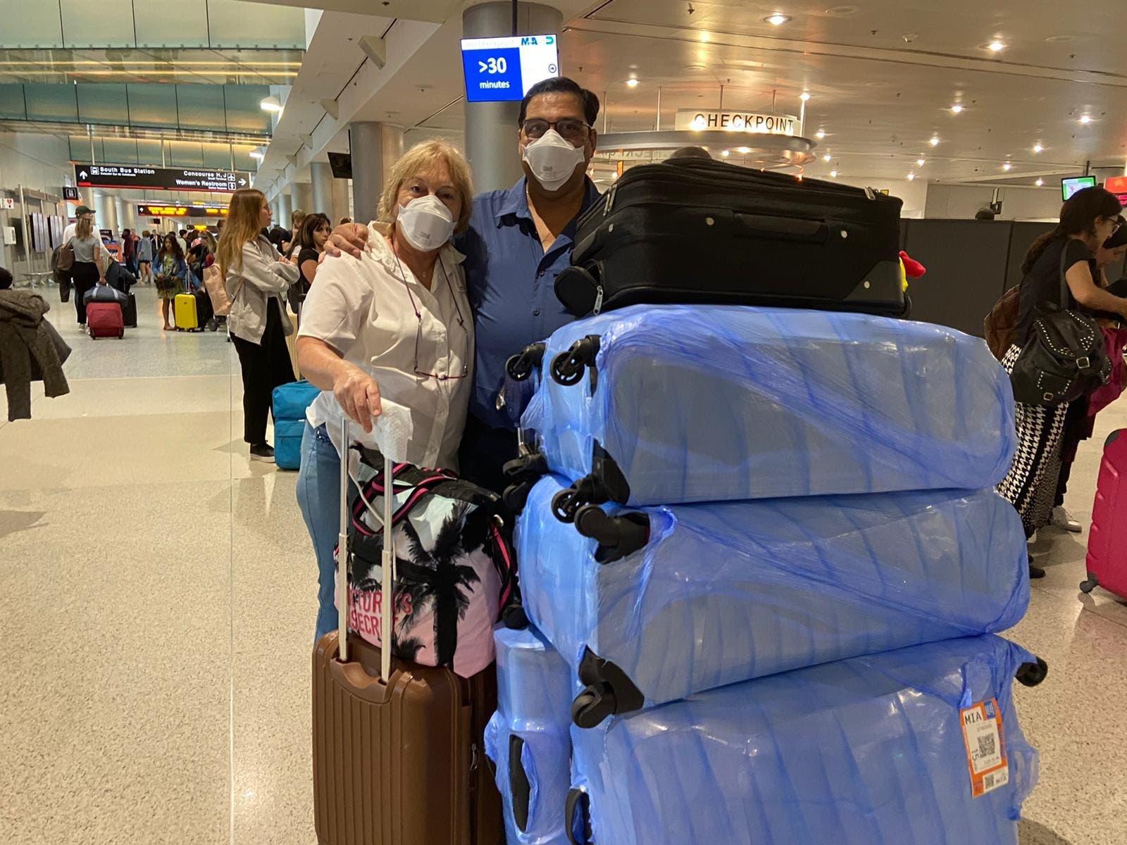 """Coronavirus: """"Necesito una respuesta"""", el reclamo de los argentinos que no lograron volver de Miami"""