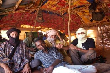 En Burkina Faso, con los locales