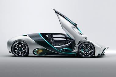 Con líneas futuristas y deportivas, cuenta con un panel solar que recorre la parte central del vehículo