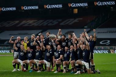 Escocia ganó como visitante a Inglaterra después de 38 años