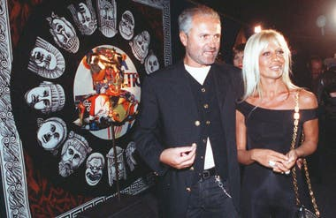 Gianni con su hermana, Donatella