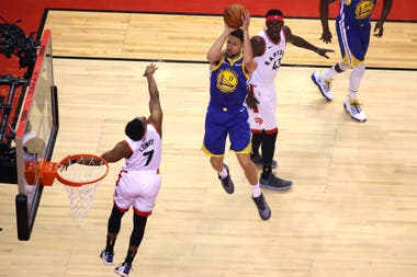 Toronto Raptors contra Golden State Warriors