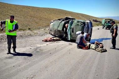 A los 34 años el capitán David Carabajal viajaba con tres compañeros en una camioneta del Ejército por la ruta 150 en la provincia de San Juan camino a Chile. El vehículo volcó al mediodía.