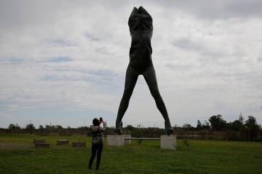 Escultura de Javier Bernasconi perteneciente a la colección de Tisi