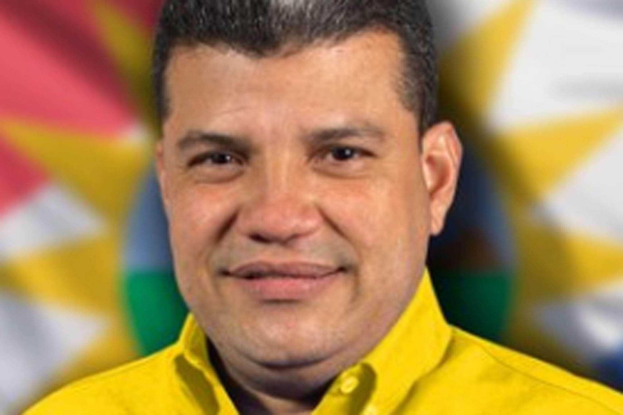 Expulsado de su partido y acusado de corrupción: quién es Luis Parra, el reemplazante de Guaidó