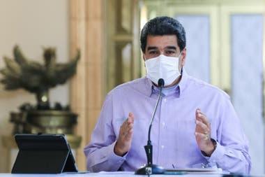 A Maduro le cuesta cada vez más ignorar la gravedad de la situación, con un sistema hospitalario limitado desde antes de la pandemia