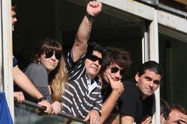 Maradona en la cancha de Boca, junto a Del Potro en 2010