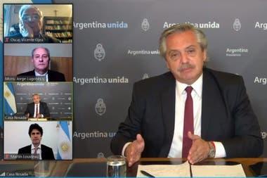 """El presidente participó esta tarde del encuentro """"Recomenzar la Argentina y la Patria Grande. Diálogo social para la igualdad"""", organizado por la Pastoral Social."""
