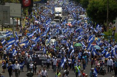 Masiva marcha de la oposición en Managua, en julio de 2018