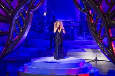 Como las grandes divas de la canción, Carey también tuvo su residencia en Las Vegas, von un espectáculo bautizado Mariah: 1 to Infinity