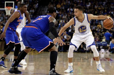Curry volvió a brillar ante los Knicks