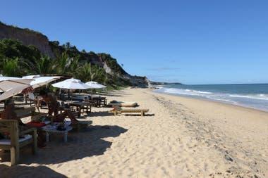 Arenas bancas en la playa de Rio da Barra, en Trancoso.