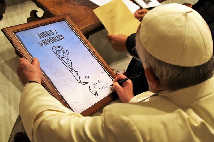 El papa Francisco, en la recepción a Marmo