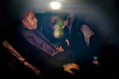 El momento en que lo encarcelaron a Lula