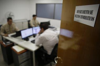 """Trabajan en lo que llaman """"ciberprevención del crimen""""; analizan las 24 horas sitios sospechosos"""