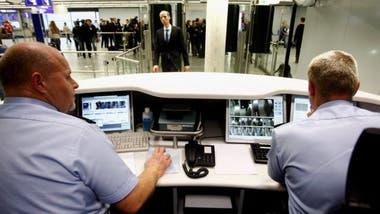 El solicitante deberá indicar en el ETIAS cuál es el primer país que visitará en el espacio Schengen y ahí deberá ser aprobada su entrada por las autoridades migratorias locales