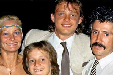 Según Aldana, la madre de Luis Miguel se habría reencontrado con su hijo
