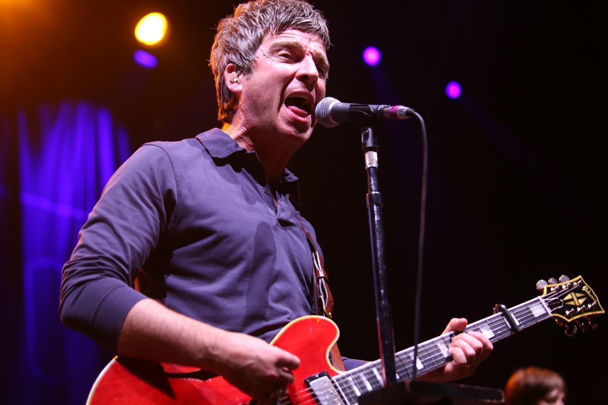 Eterno rebelde: Noel Gallagher explicó por qué se niega a usar barbijo