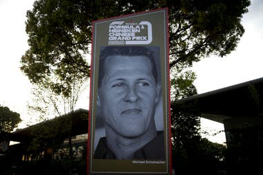 Un cartel de Schumacher, en la previa del GP de China