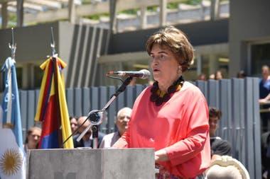 Elena Bonatti durante la inauguración del centro que lleva el nombre de su madre