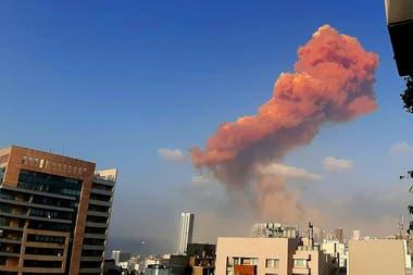 Una masiva explosión sacude a Beirut